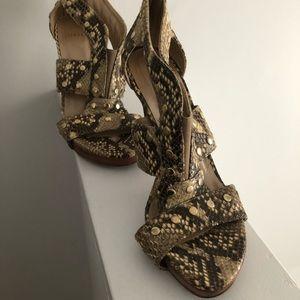 Stuart Weizmann heels size 8